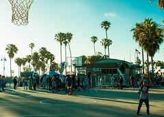 We´ll never know! (Jose Maria de la Puente) Tags: venicebeach basket basketball la california
