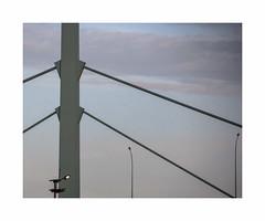 Urban sunset (hélène chantemerle) Tags: ciel lampe pont ville rue soir sky streetlight bridge city street evening