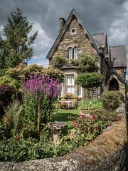 A cottage in Pateley Bridge, Nidderdale (Bob Radlinski) Tags: england europe greatbritain nidderdale uk yorkshiresouth districtofnorthyorkshire travel em1c9476editpsd