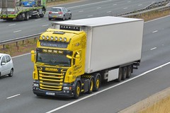 VB03 CAL (panmanstan) Tags: scania wagon truck lorry commercial refrigerated freight transport haulage vehicle a1m fairburn yorkshire