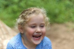 HAVING A LAUGH (philipgrattan1) Tags: ulster outdoors outside crawfordsburn canon eos77d 50mm f18 forest park