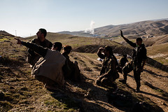 IMG_6801.jpg (Reportages ici et ailleurs) Tags: kurdistanirakien urbanwar kurdes sinjar pkk yezidis peshmerga battle city yekineyenberxwedanshengale ybs guerre shengal ezidis guerreurbaine yannrenoult fight bataille war isis hpg ypg yjastar etatislamique montagne guerilla kurd ville yekineyenparastinagel mountain