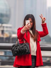 LR Shanghai 2016-743 (hunbille) Tags: china shanghai zhongshanroad road zhongshan promenade huangpu river thebund bund the selfie