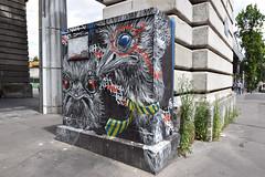 Ostrich (HBA_JIJO) Tags: streetart urban graffiti paris animal art france hbajijo painting oiseau peinture bird urbain autruche ostrich coffret armoire naöh