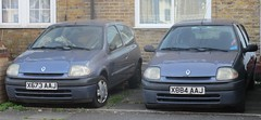 A pair of 2000 Renault Clio Alize (Al Walter) Tags: x884aaj 2000 mk2clio x673aaj