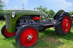 Ferguson (andycurrey2) Tags: colorful classic tractor machinery agriculture rural vehicle