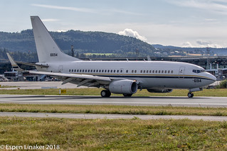 166694 US Navy Boeing C-40A Clipper (737-7AFC)