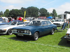 Ford Cortina Mk.3 - HPD 270K (2) (Andy Reeve-Smith) Tags: hpd270k 2000 coupe twodoor ford cortina mk3 cokebottle tc lutonfestivaloftransport lutonfestivaloftransport2018 festivaloftransport 2018 stockwoodpark luton bedfordshire beds