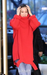 gong-hyo-jin80 (zo1kmeister) Tags: turtleneck sweater chinpusher