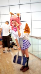 2018-06-22_10-41-59 (jumppoint5) Tags: bokeh cosplay girl colours blur gamefest