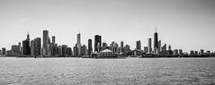 Chicago Skyline Mono, USA (CvK Photography) Tags: bw canon chicago city cityscape cvk holiday illinois skyline spring usa verenigdestaten us unitedstates unitedstatesofamerica skyscrapers skyscaper skyscraper lake michigan water monochrome monochroom blackandwhite blackwhite