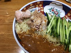 Cold ramen topped with  slcied cucumber and pork from Hashigo @ Akasaka (Fuyuhiko) Tags: 太肉涼麺 cold ramen topped with slcied cucumber pork from hashigo akasaka はしご 東京 tokyo