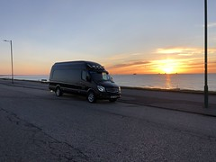 Aberdeen Esplanade - Scotland (Paul.Bevan) Tags: mercedessprinter van transport haulage outdoors bigbluevan cavansiteblue superhighroof scotland aberdeen 2017model paulbevan sunriseinaberdeen paulbevantransport streetlamps furniture yellowsunshine parkedup sightseeing