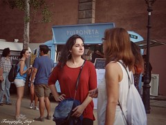 Conversation in the park. (habanera19) Tags: mundo life urbana street conversacion verynice beautiful fashion mujeres cataluña españa woman barcelona