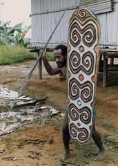 Muyu-Mandobo-011b (Stichting Papua Erfgoed) Tags: pietvanmensvoort msc papua stichtingpapuaerfgoed pace nieuwguinea nederlandsnieuwguinea irianjaya papuaheritagefoundation voormalignederlandsnieuwguinea irianbarat anthonyvankampen