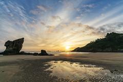Asturien | Playa de Aguilar 20 (Wolfgang Staudt) Tags: asturia asturien spanien europa playadeaguilar atlantikküste strand beach atlantik costaverde attraktion tourismus baden badestrand ferien urlaub sommer fuerstentumasturien rheinlandpfalz deutschland de