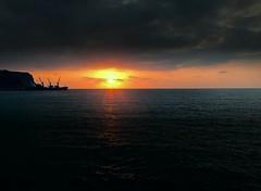 Fines infinitos (Tania Aldrete) Tags: mar sunset sun summer paradise cielo skyorange sky