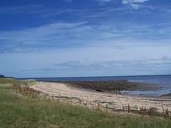 Golspie Beach, Sutherland, July 2018 (allanmaciver) Tags: golspie beach sutherland scotland east coast sand sea low tide walk enjoy warm sunny breeze quiet shades shadows blue allanmaciver