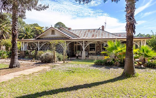 8 Sugarloaf Rd, Axedale VIC 3551