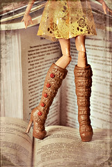 A Librarian (GothGeekBasterd) Tags: rosabella beauty doll mattel everafterhigh beast gold tale fairytale rose roses books rebel rebellious