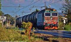 E633 233 (MattiaDeambrogio) Tags: e633 233 xmpr1 tetano ruggine malattie borgolavezzaro wascosa alberto porca madonna trenitalia cargo mercitalia rail cisterne cisterna merci
