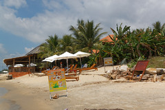 Salinda Hotel, Phu Quoc (wildhareuk) Tags: canoneos500d hotel tamron18270mm vietnam vietnam2018 phuquoc salinda img8031dxo