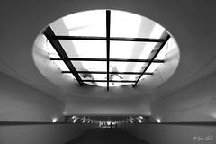 Provenierstunnel (Jan Slob) Tags: rotterdam netherlands holland zuidholland provenierstunnel tunnel nikon nikond750 blackwhite zwartwit ©allrightsreserved window geotagged