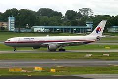 9M-MKE, Singapore, November 27th 2003 (Southsea_Matt) Tags: 9mmke malaysiaairlines oneworld airbus a330322 wsss sin singapore changi november 2003 autumn canon 10d aircraft aviation plane transport