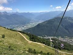 Scendendo con la cabinovia dal Monte Tamaro ( Ticino Svizzera) (CANETTA Brunello) Tags: montagna tamaro ticino