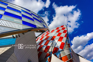 Vibrant - Louis Vuitton Foundation, Paris, France