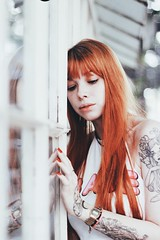 (Memórias Fotográficas) Tags: girl model woman redhead presets preset matte white action vsco cam vscocam tattooed tattoo alternati alternative mirror casa das rosas sp urban city ao ar livre reflection glass glasses hair picture photograph photography portrait