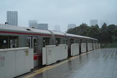 DSCF8081 (tohru_nishimura) Tags: xe1 xf3514 fujifilm train subway station tokyo japan