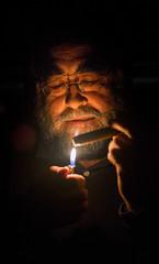 smoke gets in his eyes (por agustinruizmorilla) Tags: portrait man hombre smoke eyes los ojos humo