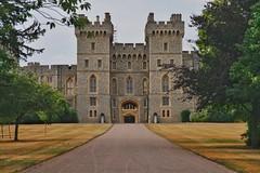 Windsor Castle (gary8345) Tags: britain windsor uk 2018 snapseed unitedkingdom england castle windsorcastle
