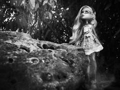 (Linayum) Tags: twyla twylafantasmagóricas twylahaunted mh monsterhigh monster mattel doll dolls muñeca muñecas toys toy juguetes juguete monochrome ghost linayum