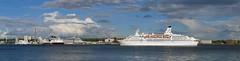 P1660295 (Lumixfan68) Tags: schiffe ships cruises keuzfahrtschiffe astor panorama schenkpanorama kiel kieler förde ostufer