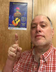 Day 2386: Day 196: This show (knoopie) Tags: 2018 july iphone picturemail doug knoop knoopie me selfportrait 365days 365daysyear7 year7 365more day2386 day196 theater reacttheatre thealiens anniebaker