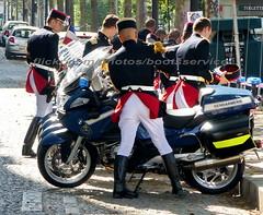 bootsservice 18 770864 (bootsservice) Tags: armée army uniforme uniformes uniform uniforms bottes boots « ridingboots » weston moto motos motorcycle motorcycles motard motards motorcyclists motorbiker bmw gloves garde républicaine gendarmes gendarmerie nationale paris