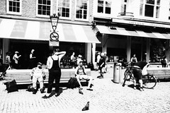 Spui - Amsterdam (PaulHoo) Tags: rolleiflex sl35m film analog blackandwhite contrast city urban 2018 adox cms20 lomography people citylife candid streetphotography americanbookcentre spui amsterdam