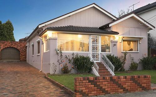 44 Hamilton Av, Earlwood NSW 2206