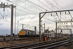 40013, Wolverhampton, February 1983 (David Rostance) Tags: 40013 class40 englishelectric wolverhampton d213