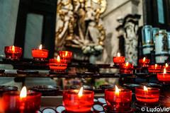 Candle lights (Lцdо\/іс) Tags: malines mechelen candle basilic cathedrale belgique belgium travel août august belgie lцdоіс 2018 church pray voyage