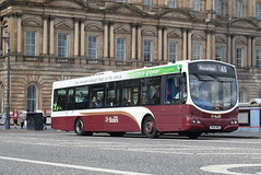 LB 112 @ North Bridge, Edinburgh (ianjpoole) Tags: lothian buses volvo b7rle wright eclipse urban sn04nhc 112 north bridge edinburgh