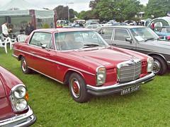 343 Mercedes 250CE W114 (1971) (robertknight16) Tags: mercedes german germany w114 250ce enfield wam902k