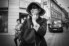 Images on the run.... (Sean Bodin images) Tags: streetphotography streetlife strøget seanbodin streetportrait people photojournalism photography copenhagen citylife candid city citypeople children visitcopenhagen visitdenmark justgoshoot kulturhavn