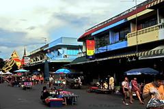 "Chiang Mai Markets.  (ตลาดเชียงใหม่) (ol'pete) Tags: ตลาด market chiangmai เชียงใหม่ ถนน street ประเทศไทย thailand เมืองไทย canon ""powershot"" ""sx260hs"" earthasia"