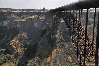 Base Jumping the Perrine Bridge 2