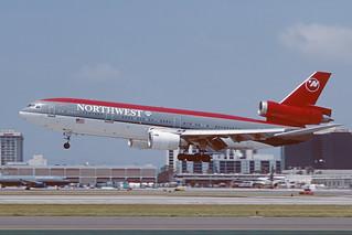 N151US Douglas DC10-40 KLAX 29-04-97