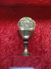 The chalice of O Cebreiro (Beyond the grave) Tags: caminodesantiago spain chalice ocebreiro church