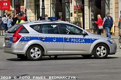 F109 - Kia Cee'd SW II - WRD KMP Łódź (Pawel Bednarczyk) Tags: policja police polizei politi policijos policecar radiowóz f109 hpf hpfb203 kia ceed sw ii elektra ges wrd drogówka kmp łódź łódzkie piotrkowska komenda miejska policji old town car policedepartment